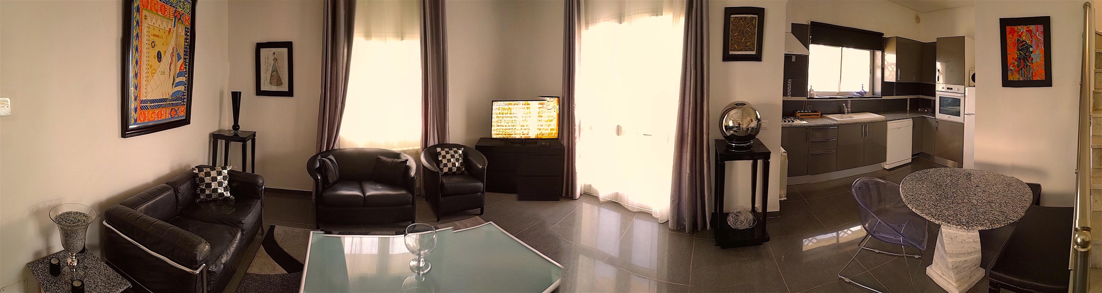 Appartement Nagi : 360 TND/120€ (du 01 octobre au 15 juin)           390 TND/130€ (du 16 juin au 30 septembre)